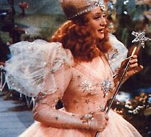 Glinda The Good Witch by lucyc13