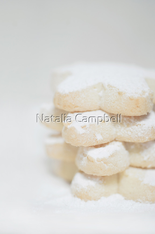 sugar and spice makes Christmas nice... by Natalia Campbell