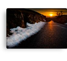 Golden road to the sunset Canvas Print
