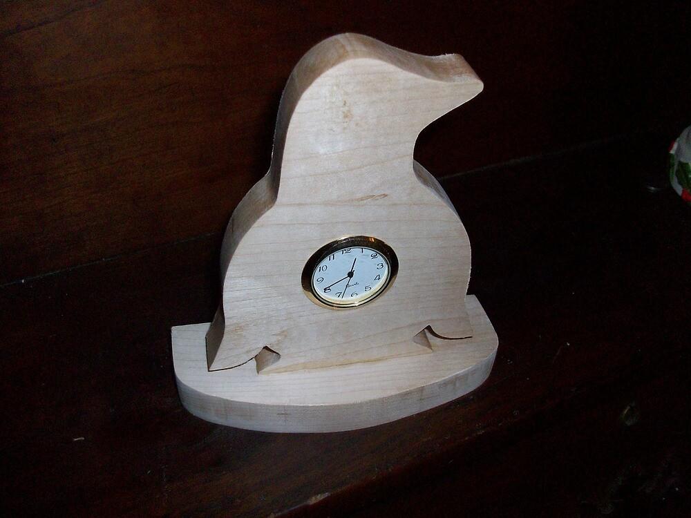 Penguin wooden mini desk clock by FineCrafts