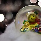 Snow globe bears by Lissywitch