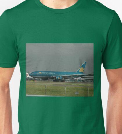 Vietnam Airlines 777,Sydney Airport,Australia 2008 Unisex T-Shirt