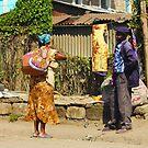 Neighbours chat in Nairobi, KENYA  by Atanas NASKO