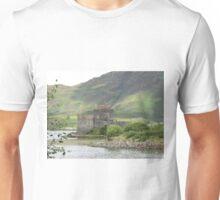 Eilean Donan castle, Dornie, Kyle of Lochalsh. Unisex T-Shirt