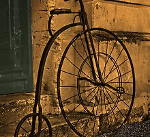 Penny Farthing, Oamaru, New Zealand. by Philip Hallam