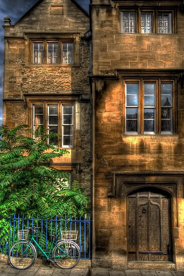 Broad Street House - Oxford, England by Yhun Suarez