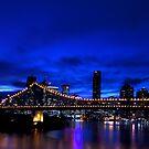 Brisbane after dark.. by Peter Doré