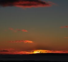 Sunset Kiss by Bickeringbush