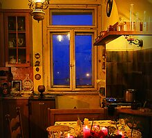 In the yellow kitchen before Christmas by Luisa Fumi