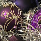 Study on purple Christmas baubles by Kiriel
