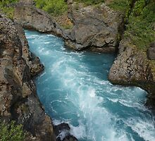 Waterfall in Iceland by franceslewis