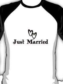 Just married bride and groom geek funny nerd T-Shirt