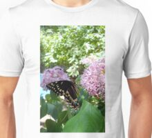 Giant Swallowtail Butterfly in profile T-Shirt