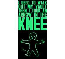 Vault Boy - Knee (ENG) - Green Photographic Print
