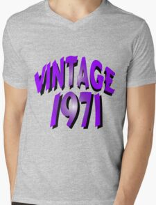 Vintage 1971 Mens V-Neck T-Shirt