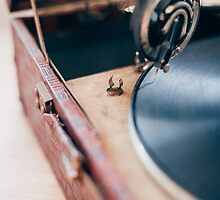 Old gramophone with a vinyl by veralair