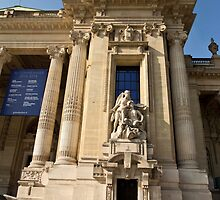 Le Grand Palais - One Entrance Detail © by © Hany G. Jadaa © Prince John Photography
