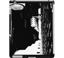 Retro alleyway iPad Case/Skin