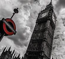 Big Ben vs Underground by Anastasia Filippova