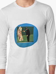 L'homme et la saucisse Long Sleeve T-Shirt