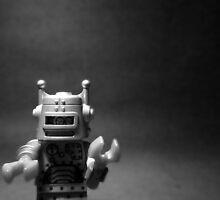 Robot _Black & White_ by HRLambert
