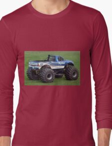Bigfoot monster truck Long Sleeve T-Shirt