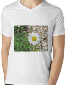 Daisy Mens V-Neck T-Shirt
