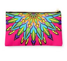 Simetric Colorful Ethnic Mandala Flower - Zentangle Studio Pouch