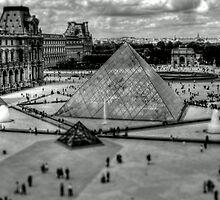 Louvre Pyramids  by KChisnall