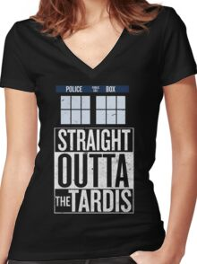 Straight Outta The Tardis Women's Fitted V-Neck T-Shirt