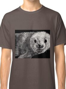 black and white seal on scratchboard Classic T-Shirt