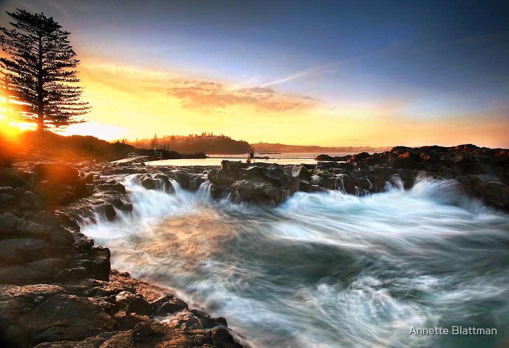 Kiama Sunset 2 by Annette Blattman