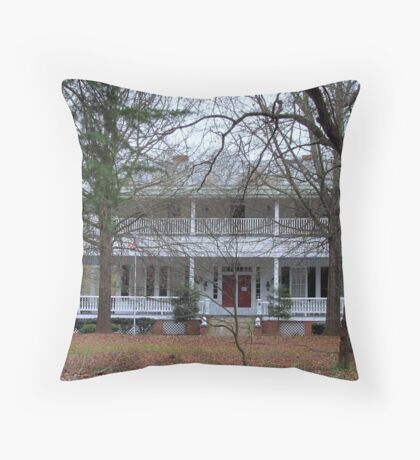Mansion house in South Carolina Throw Pillow