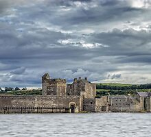 Blackness Castle by Jeremy Lavender Photography