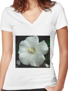 White Hibiscus Women's Fitted V-Neck T-Shirt
