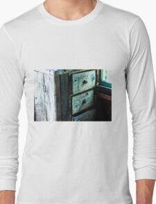 Old Dresser Long Sleeve T-Shirt