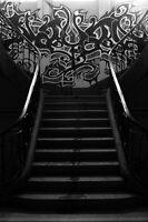 Stairs bleeding by ♠Mathieu Pelardy♣  ♥Photographe♦