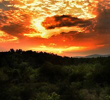 Sunset over the Blue Ridge Mountains by jaegemt1