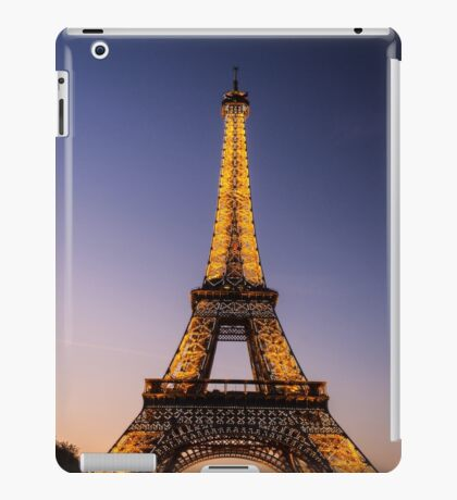 Eiffel Tower and sunset (2) iPad Case/Skin