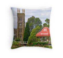 Strathalbyn, town centre, Australia Throw Pillow