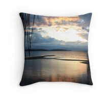 Palm Island dreaming Throw Pillow
