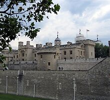 London - Tower of London 1 by Darrell-photos