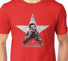 Che: Let's be realistic Unisex T-Shirt