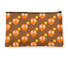 Foul-mouthed bird Studio Pouch