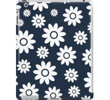 Navy Fun daisy style flower pattern iPad Case/Skin