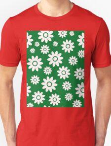 Green Fun daisy style flower pattern Unisex T-Shirt