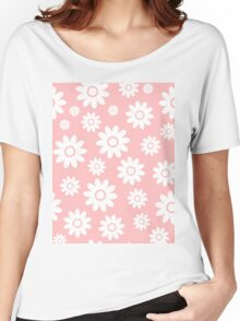 Light Pink Fun daisy style flower pattern Women's Relaxed Fit T-Shirt