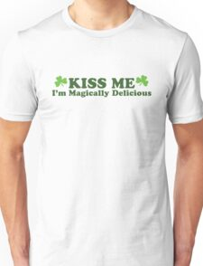 Kiss Me I'm Irish Unisex T-Shirt