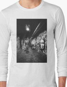 Seattle, Post Alley murals Long Sleeve T-Shirt