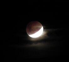 Lunar Eclipse 21-12-10 A by timthetraveller